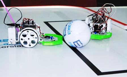 [Immagine: olimpiadi-robotiche-BQ-prinbot-evolution.jpg]